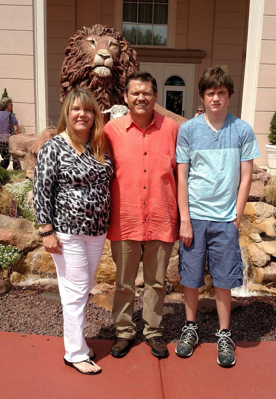 Pastor Jonathan & Nicole Daniels